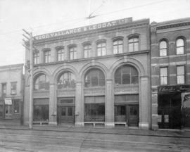 [Exterior of Wood, Vallance and Leggat Ltd. - 23 - 29 West Hastings Street]