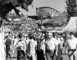 Crowd : [by P.N.E. Playland]