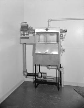 [Sterilization equipment at the Red Cross]