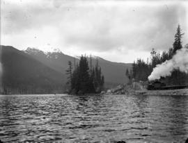 Alta Lake and train