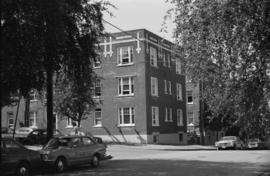 12 W. 10th Avenue, View Court apartments