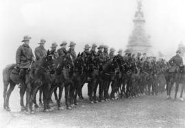 [Australian soldiers who formed part of the Guard of Honour for the King and Queen at the opening...