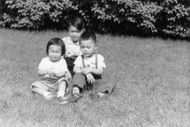 Lillian Wong and Vernon and Paul in Chicago with Irena [5 of 7]