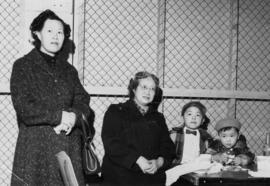Unidentified woman, Lillian Ho Wong, Vernon Yee and Paul Yee