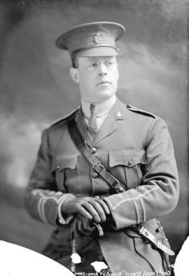 [Studio portrait of Captain Frank Stead of the Canadian Army Service Corps]