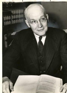Donald Edgar McTaggart, former corporation council, Vancouver
