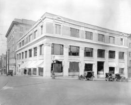 "[The ""Province"" buildings at Pender and Cambie Streets]"