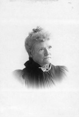 [Mrs. Murray Thain (nee Harbell)]