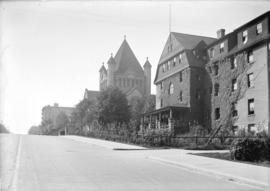 [View of Burrard Street, showing Wesley Methodist Church (later St. Andrew's Wesley United C...