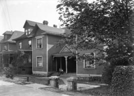 [Lacy R. Johnson residence at 1172-1176 Pacific Street]