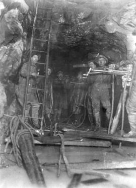 Lake Buntzen tunnel enlargement [showing] drilling close to 9 foot coffin valve at Coquitlam end
