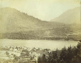 Yale [showing] gold field opposite [across Fraser River]