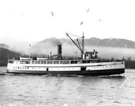 "[Steamer ""Capilano"" (II) entering Vancouver Harbour]"