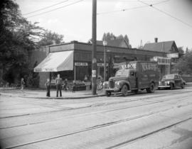 [Nabob delivery truck in front of Angus Store at the corner of Davie Street and Nicola]