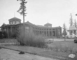 [Forestry Building at the Alaska-Yukon-Pacific Exposition]