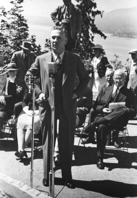 "[R.E. Standfield speaking at the unveiling of the walking beam of the S.S. ""Beaver"" at ..."