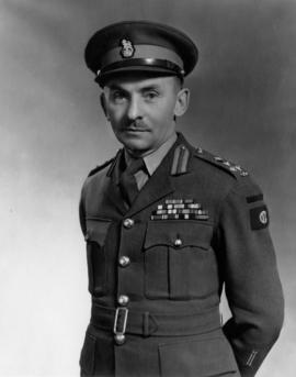 Portrait of Sherwood Lett in uniform