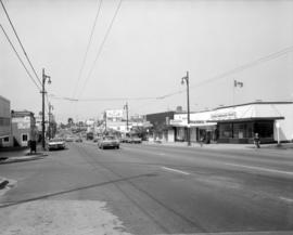 [Looking west along 41st Avenue from Maple Street]