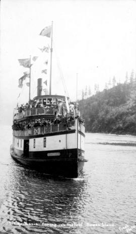 "[S.S. Britannia ""Coming into Harbour"" Bowen Island"