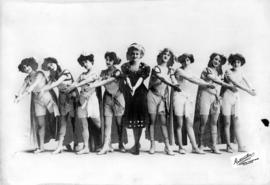 [Sullivan-Considine vaudeville circuit ladies' chorus line as they probably appeared at the Vanco...