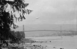 [U.S. Navy blimp over the Lions Gate Bridge]