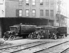 A. MacDonald & Co. Ltd., wholesale grocers, trucks