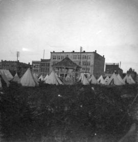 [1st Battalion, 5th Regiment Canadian Garrison Artillery in camp at C.P.R. Park on the corner of ...