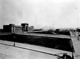 [View of Canadian National Railway Station and Thornton Park on Main Street]