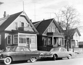 [Residences in the 1000 block of Burnaby Street]