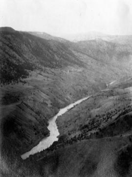 [Unidentified river]