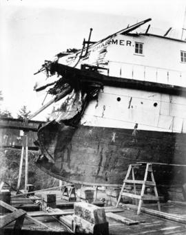 "[Damage to bow of the S.S. ""Charmer""]"