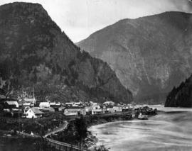 [Waterfront view of Yale - Frazer [Fraser] River