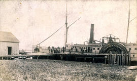"[""Princess Louise"" (side wheeler) at a Fraser River cannery]"