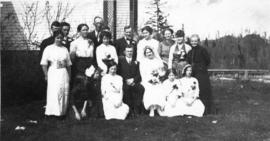 [Wedding party of L.S. Jackson and Beulah Burns]