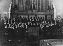 [Wesley Choir's last stand - flashlight taken Sunday evening, August 31, 1930, following the...