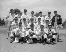 "[Baseball team wearing ""Lougheed Hotel"" shirts]"