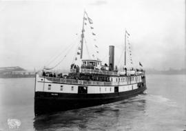 "[Captain J.A. Cates' Bowen Island steamer S.S. ""Ballena"", of the Terminal Steamhip..."