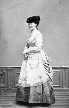[Full length portrait of unidentified woman]