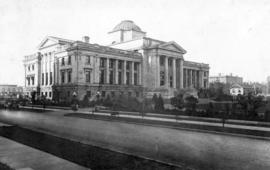 [Exterior of Court House showing the main entrance and part of the grounds on Georgia Street]