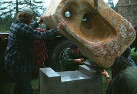 Joan Gambioli's sculpture being lowered