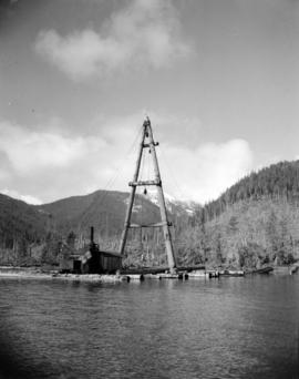[Davis Raft making off the] Queen Charlotte Islands