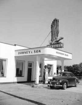 Downey and Son Garage [at] 15th [Avenue] and Kingsway