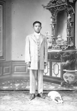 [Portrait of a young Chinese man]