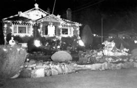 [Christmas lights at Vivian E. Bennett residence - 1735 East 49th Avenue]