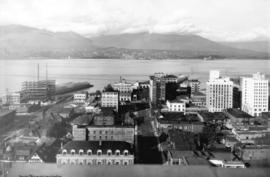 [Looking north on Howe Street from Dunsmuir Street towards North Vancouver]