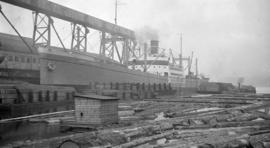 "[S.S. ""Andrea F. Luckenbach"" at dock]"