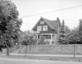 C.C. Delbridge residence [1837 Napier Street] in Grandview District