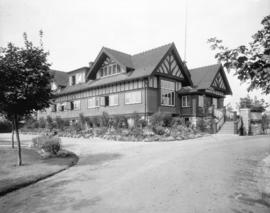 [Point Grey Municipal Hall on West Boulevard between 42nd and 43rd Avenues]