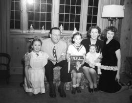 W. McLallen [and family]