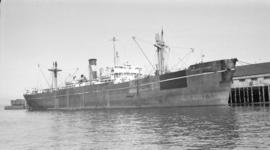 S.S. Middlesex Trader [at dock]